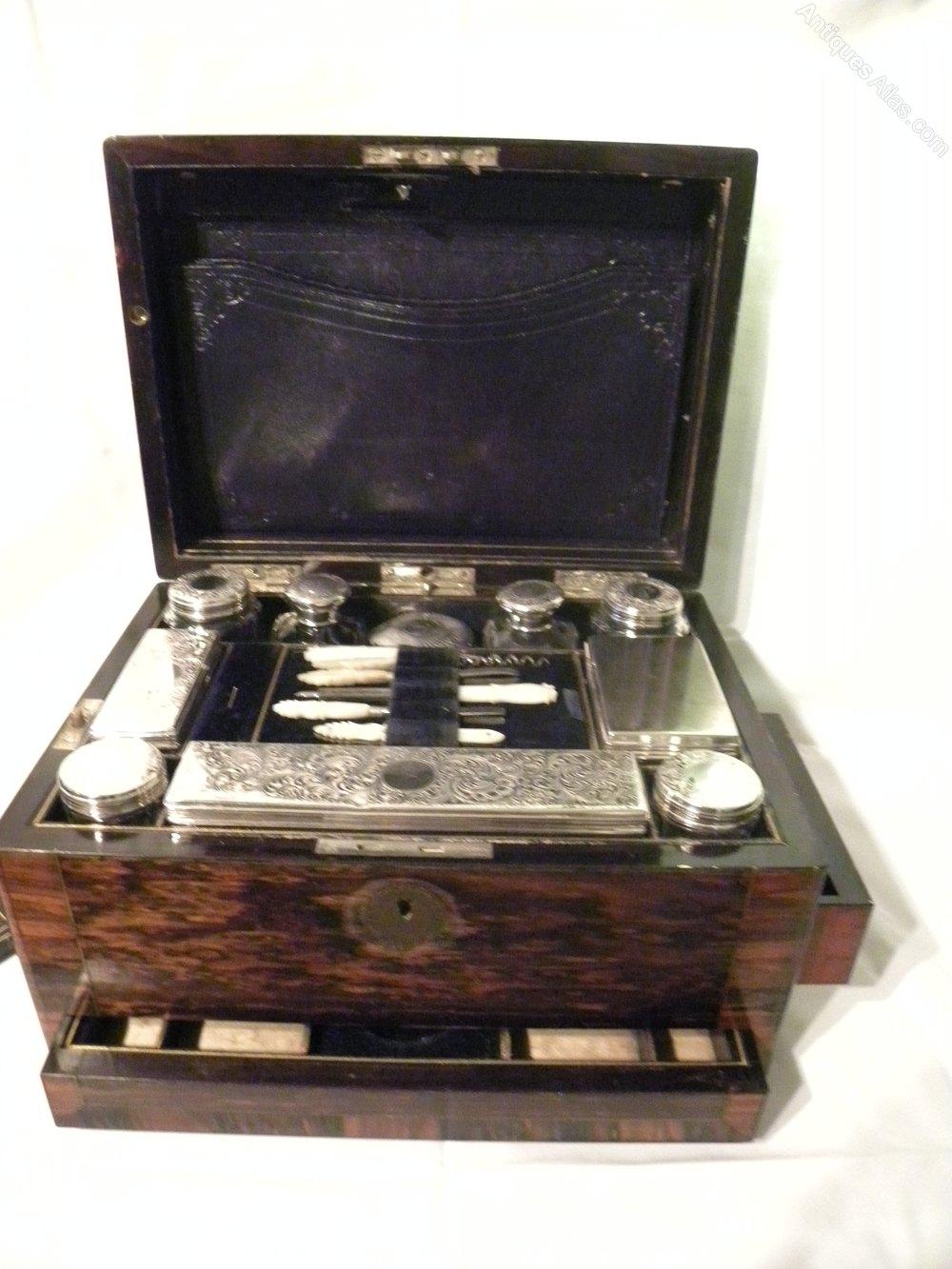 Antiques atlas victorian travelling toilet set for Washroom set