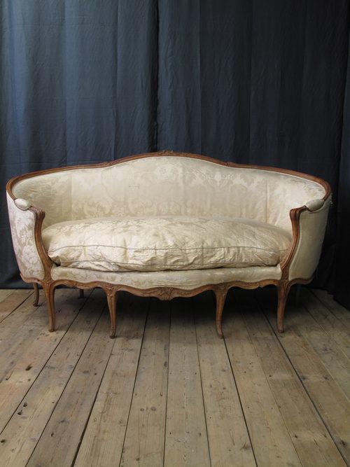 French Louis Xv Canape Corbeille En Hetre Sofa Antiques