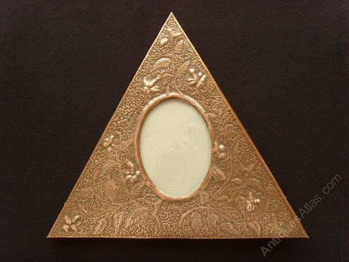 Arts Copper Copper Triangular Easel Photo Frame