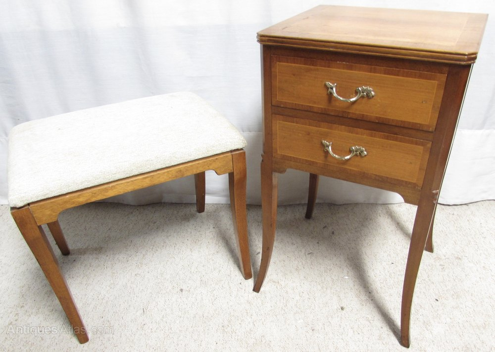 Walnut dressing table stool bedside drawers antiques for Walnut dressing table