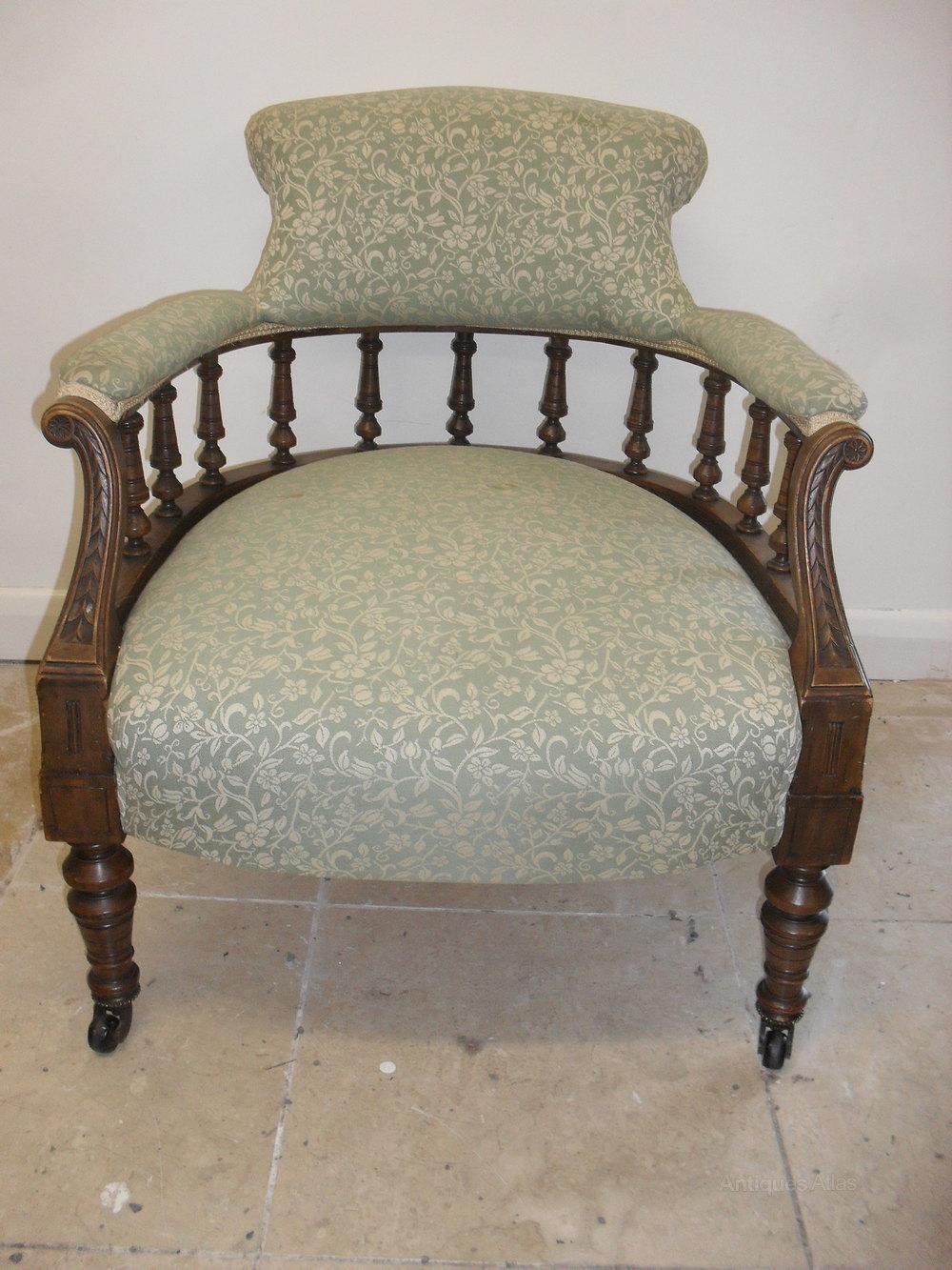 Victorian Walnut Tub Chair - Antiques Atlas