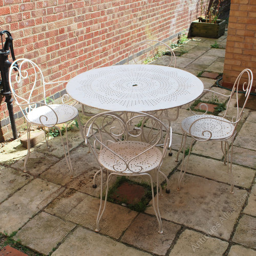 French Garden Table 4 Chairs