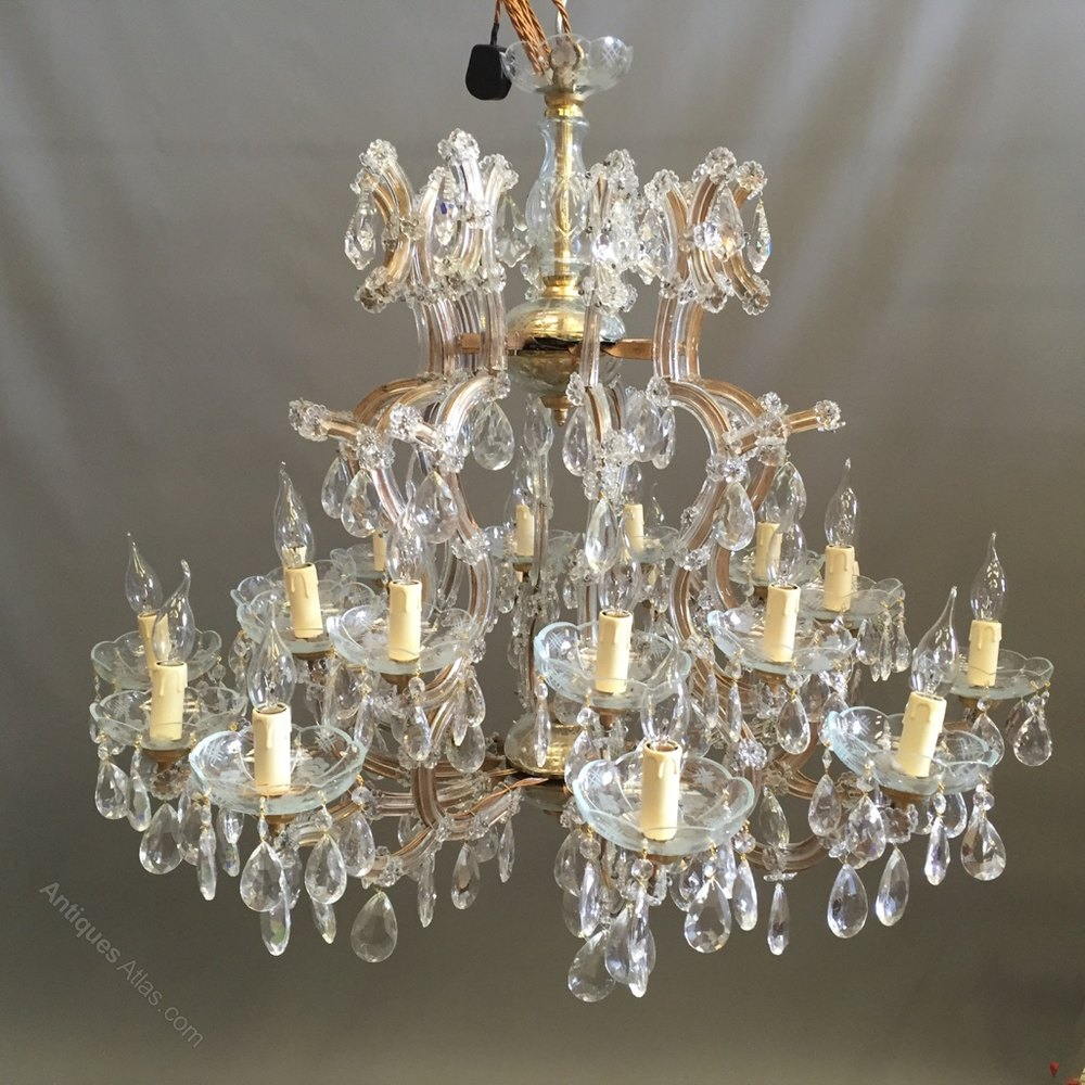home chandelier for dining drops europe large modern french lamparas suspension retro lights luminaire crystal acrylic room b font de hotel vintage style empire chandeliers lighting techo living kitchen lamp led