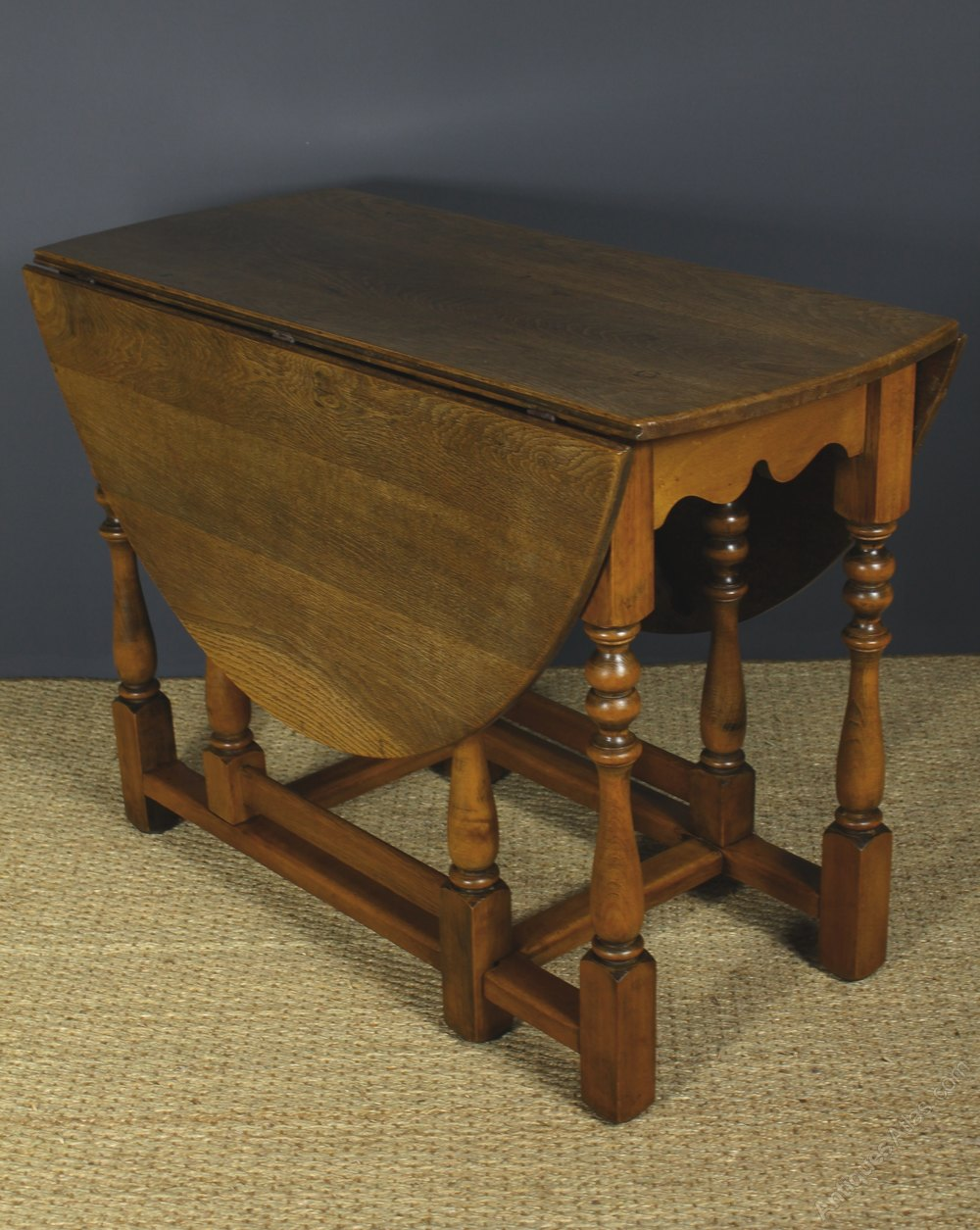 Oak Oval Drop Leaf Gate Leg Table Antiques Atlas
