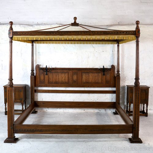 68f5b59148b85 Gothic Oak Four Poster Emperor Size Bed
