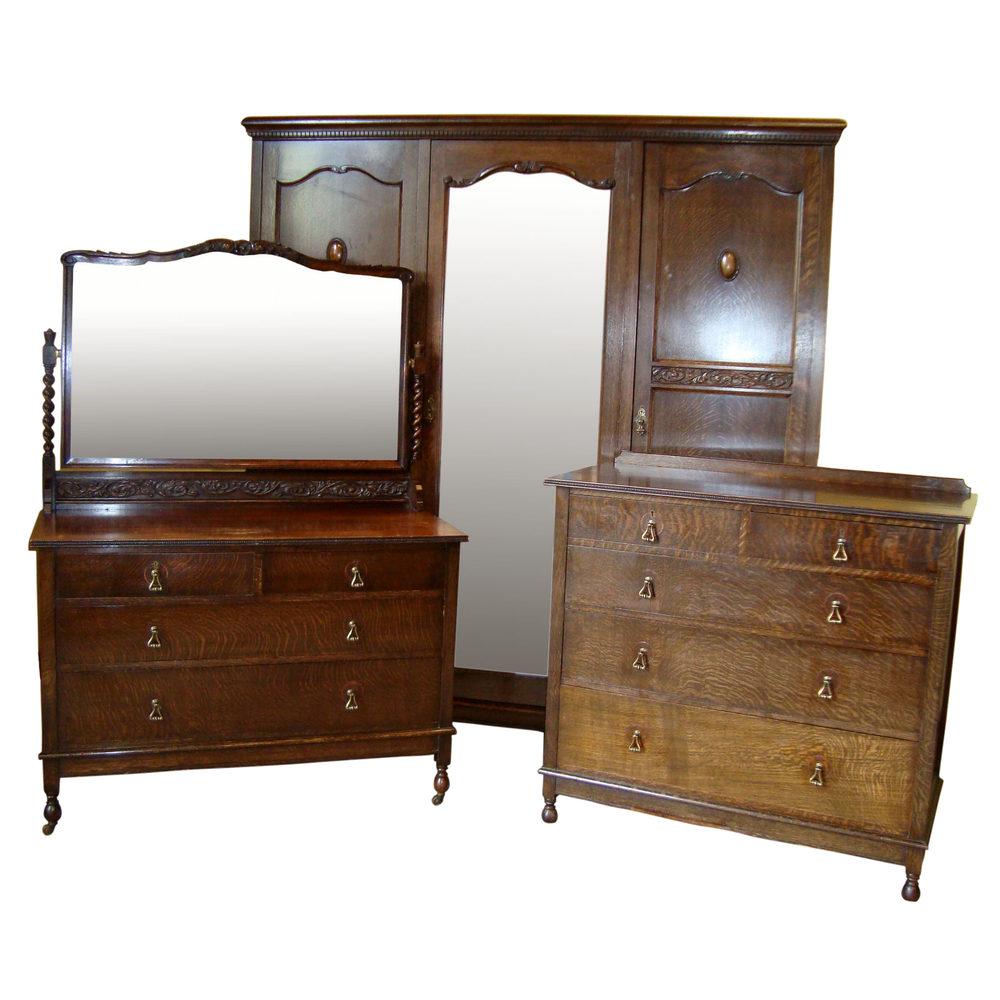 Jacobean Style Oak Bedroom Suite, c.1930s Antique ... - Jacobean Style Oak Bedroom Suite, C.1930's - Antiques Atlas
