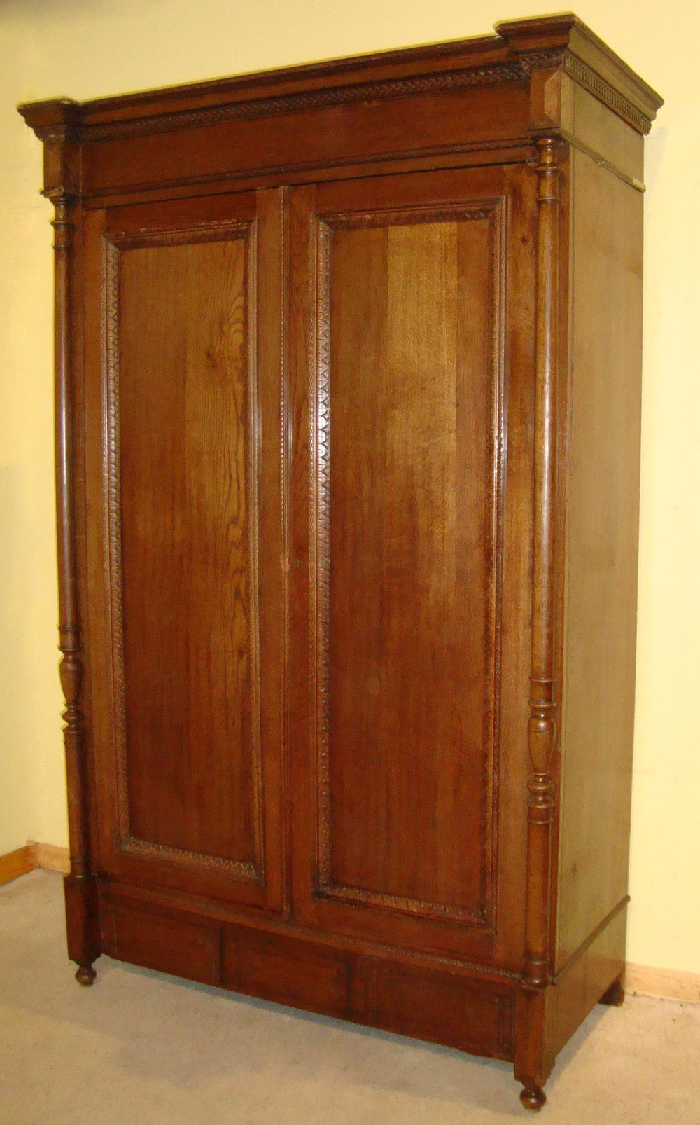 Large Antique French Provincial Oak Armoire Antiques Atlas