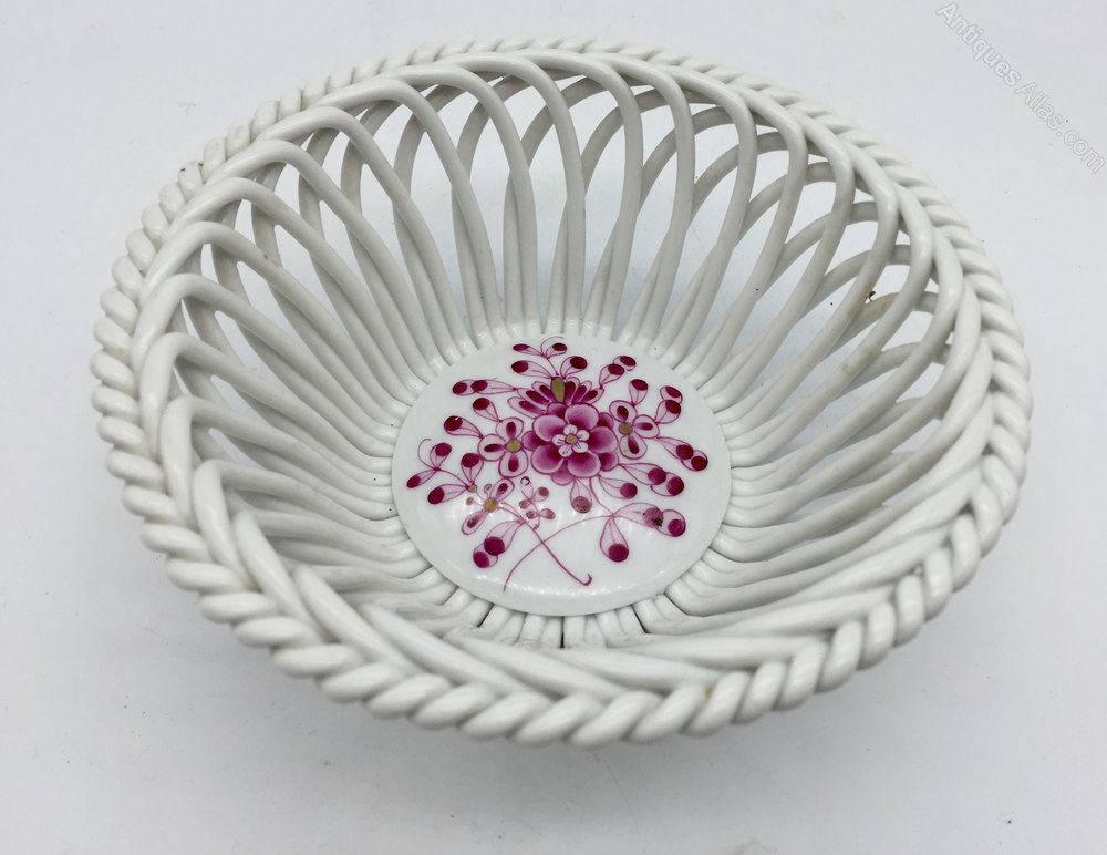 Herend Porcelain Interlaced Dish