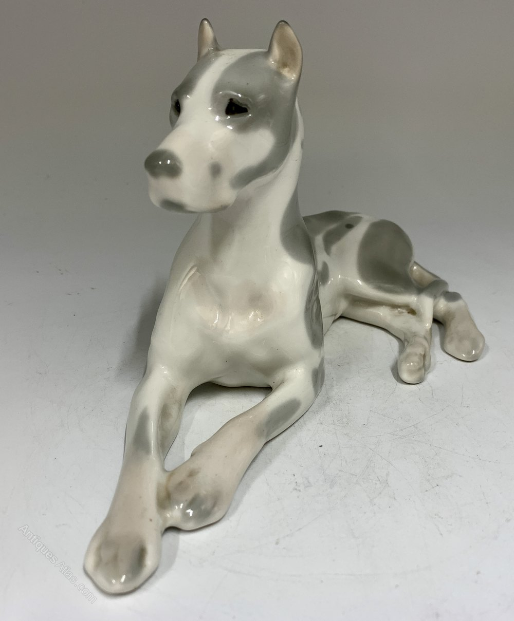 porcelain figurine of the USSR,russian antiques Antique porcelain figurine Dog