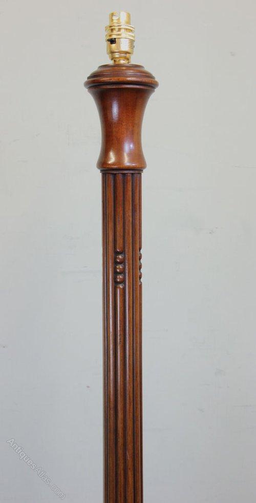 Antiques atlas mahogany standard floor lamp for Antique mahogany floor lamp