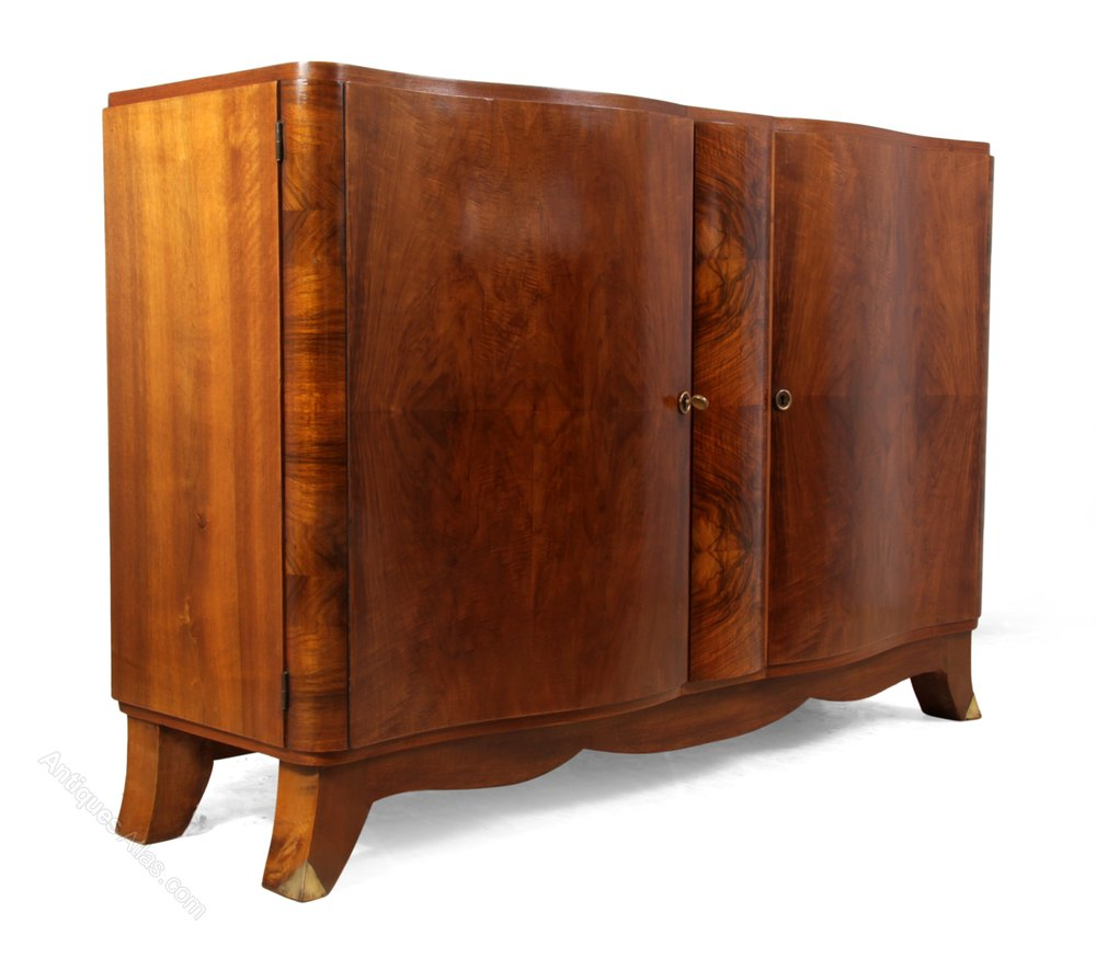 art deco walnut sideboard antiques atlas. Black Bedroom Furniture Sets. Home Design Ideas