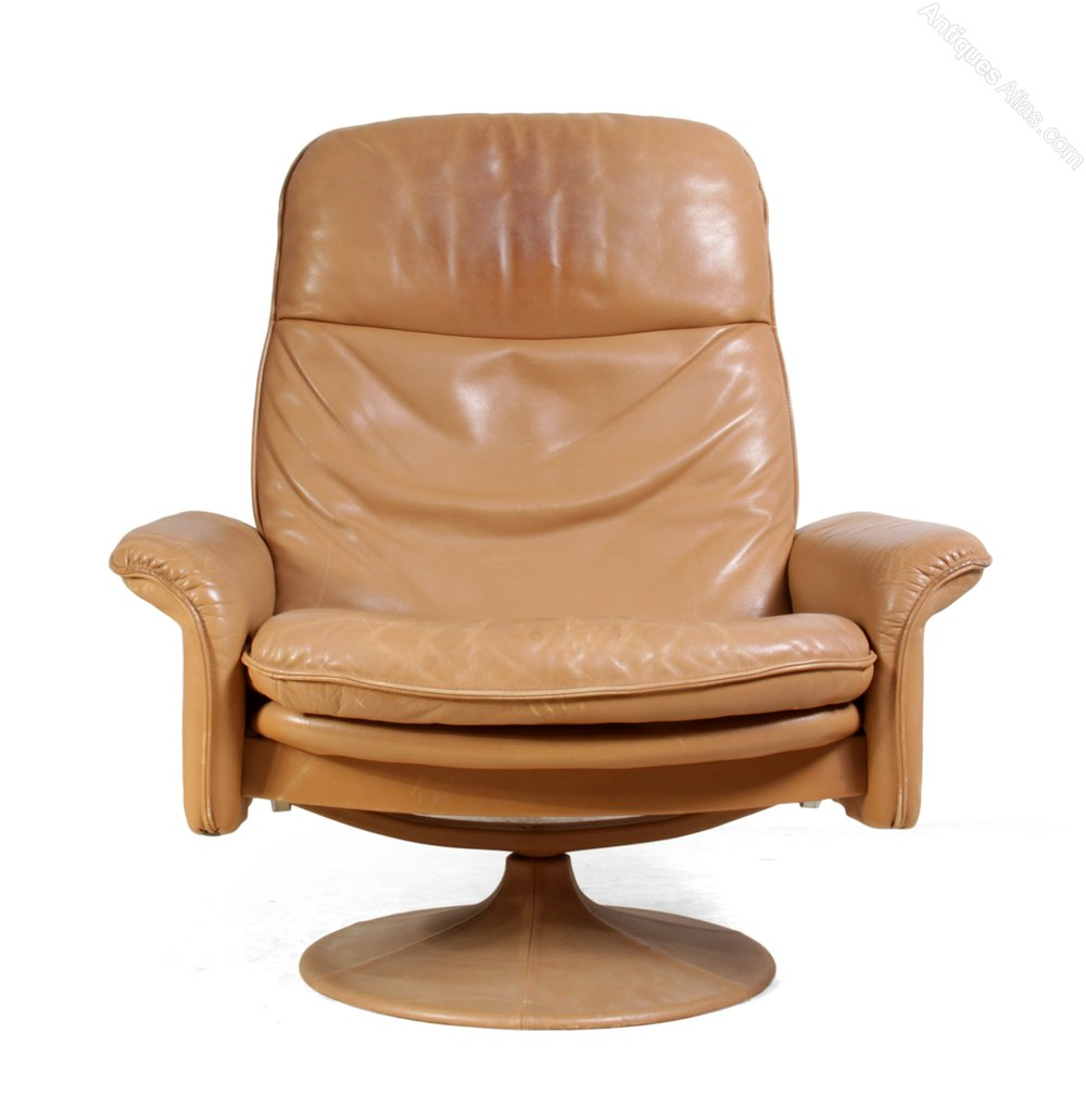 Antiques atlas de sede leather swivel chair for Swivel chairs