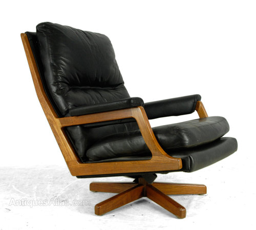 - Antiques Atlas - Mid Century Danish Teak And Leather Swivel Chair