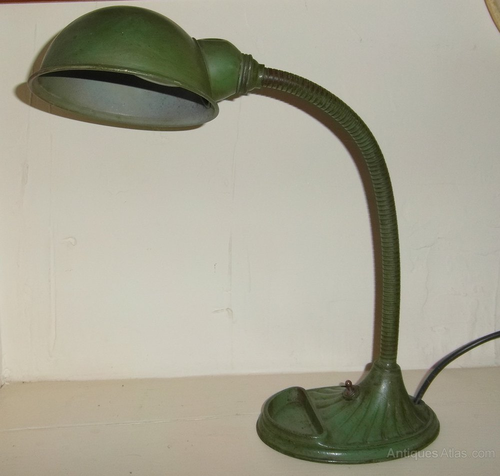 Vintage Supreme Desk Lamp