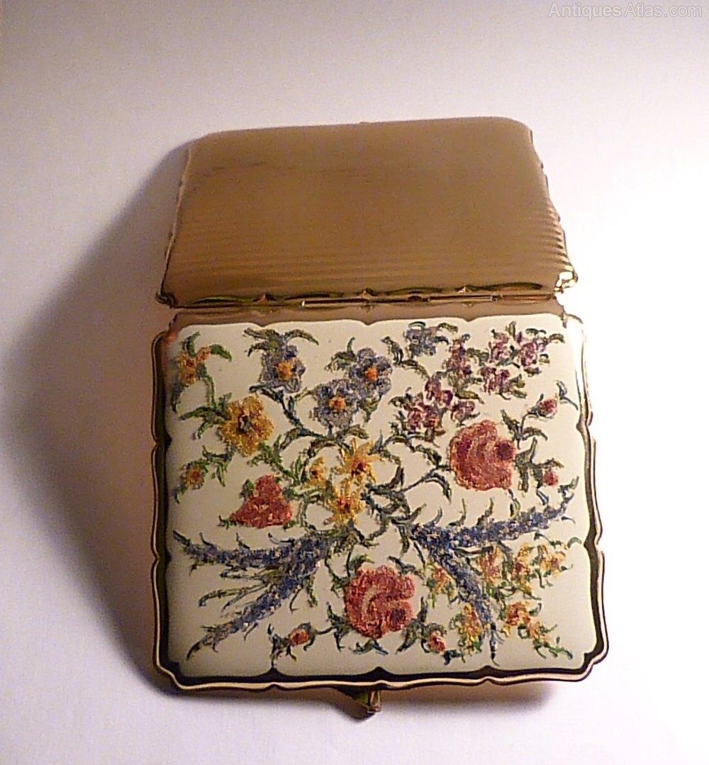 Antiques Atlas - Silver Cigarette Case