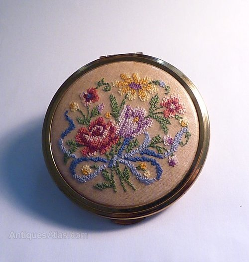 Vintage compacts for