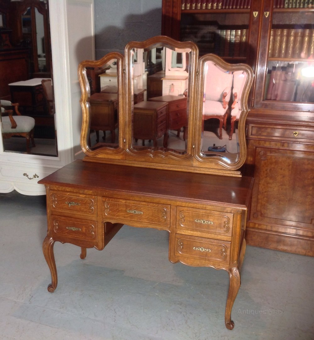 Antiques atlas louis dressing table - Carved Oak French Dressing Table Antique