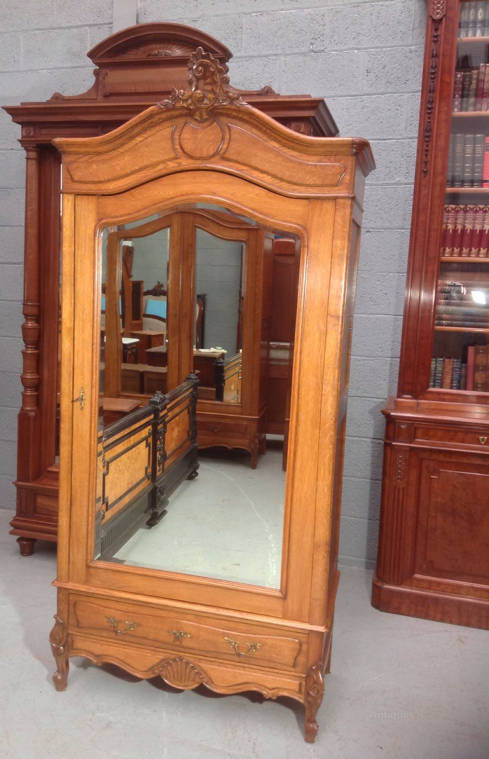Carved Oak French Armoire - Antiques Atlas