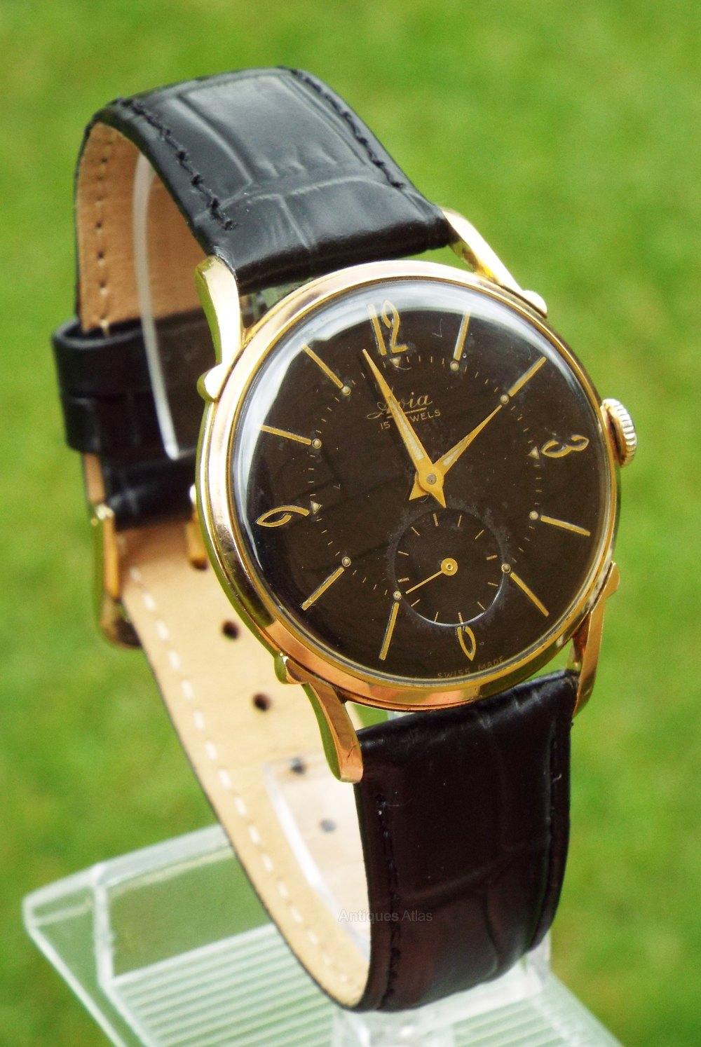 Antiques Atlas - A Mid-size Tempus Wrist Watch, Circa 1950