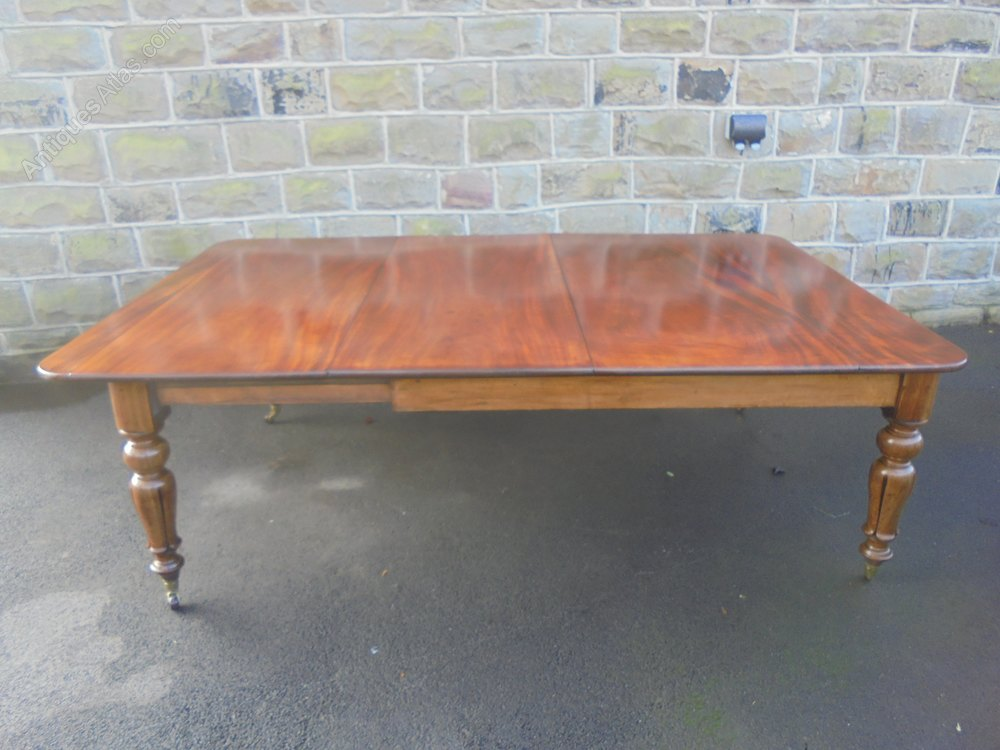 Antique mahogany extending dining table 8 10 seat for 10 seater table for sale