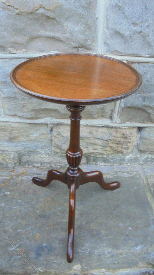 Antique Mahogany Tripod Wine Table Tables