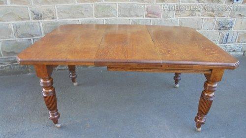 f68d9ce7d839 Antique Oak Extending Dining Table - Antiques Atlas