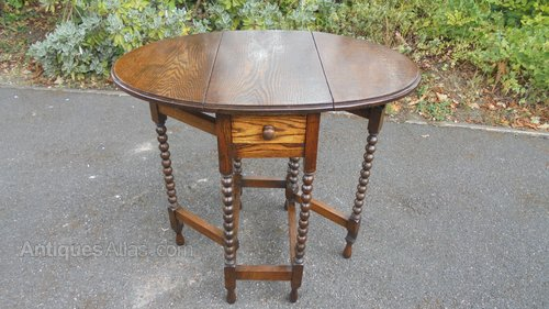 Small Oak Drop Leaf Dining Table