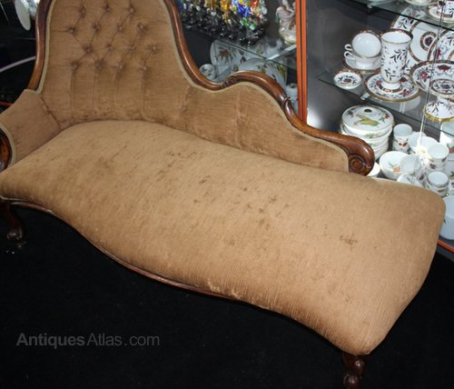 Antique victorian walnut upholstered chaise longue for Antique chaise longue for sale uk