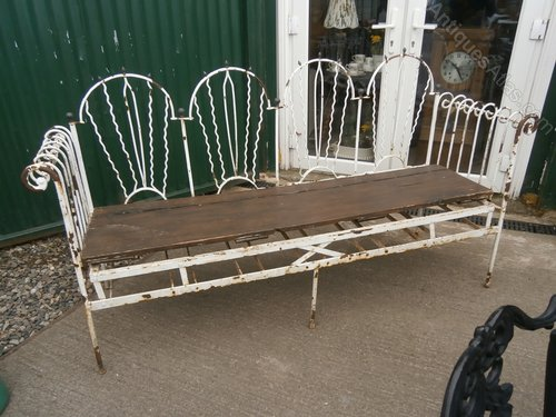 Stupendous Antiques Atlas Ornate French Daybed Sofa Now Garden Bench Evergreenethics Interior Chair Design Evergreenethicsorg
