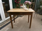 Small Vintage Scrub Top Table