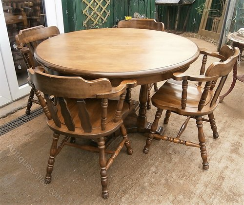 antique table and chairs Antiques Atlas   Vintage Oak Round Table & 4 Captains Chairs. antique table and chairs