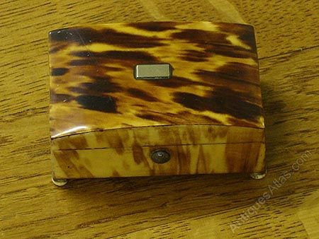 d16fe3c8999 Antiques Atlas - Large Blonde Tortoise Shell Box C.1820