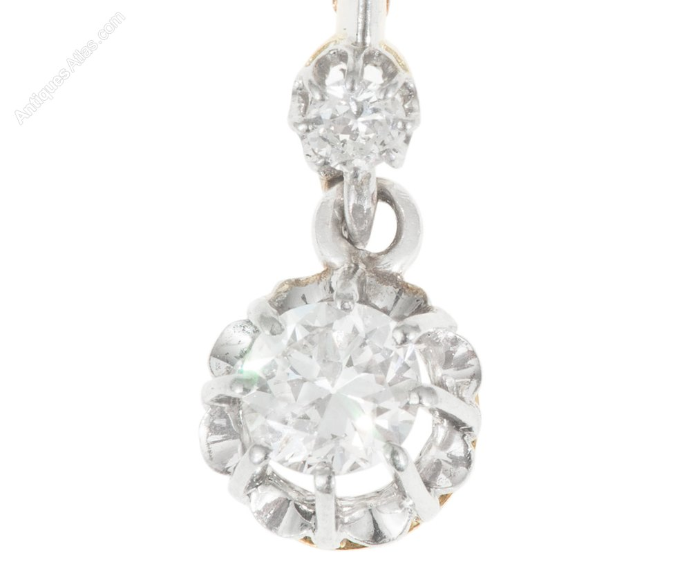 Photos 3 Stone Diamond Drop Earrings