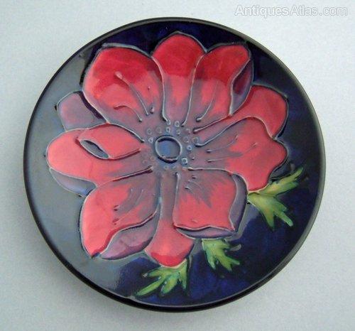 Antiques Atlas Moorcroft Anemone Pin Dish