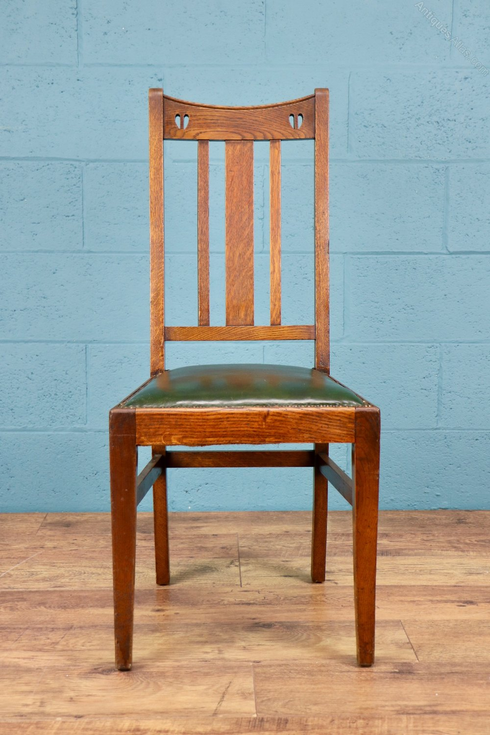 Set Of 5 X Arts And Crafts Chairs By E A Taylor