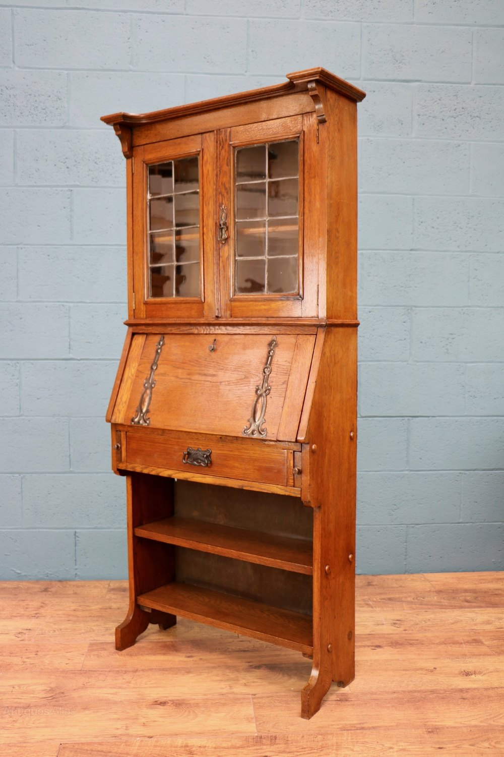 arts and crafts bureau bookcase antiques atlas. Black Bedroom Furniture Sets. Home Design Ideas