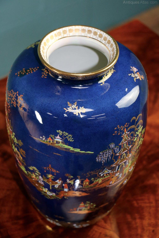 Antiques atlas carlton ware blue royal pagoda vase carlton ware blue royal pagoda vase carlton ware antiques carlton ware royal pagoda reviewsmspy