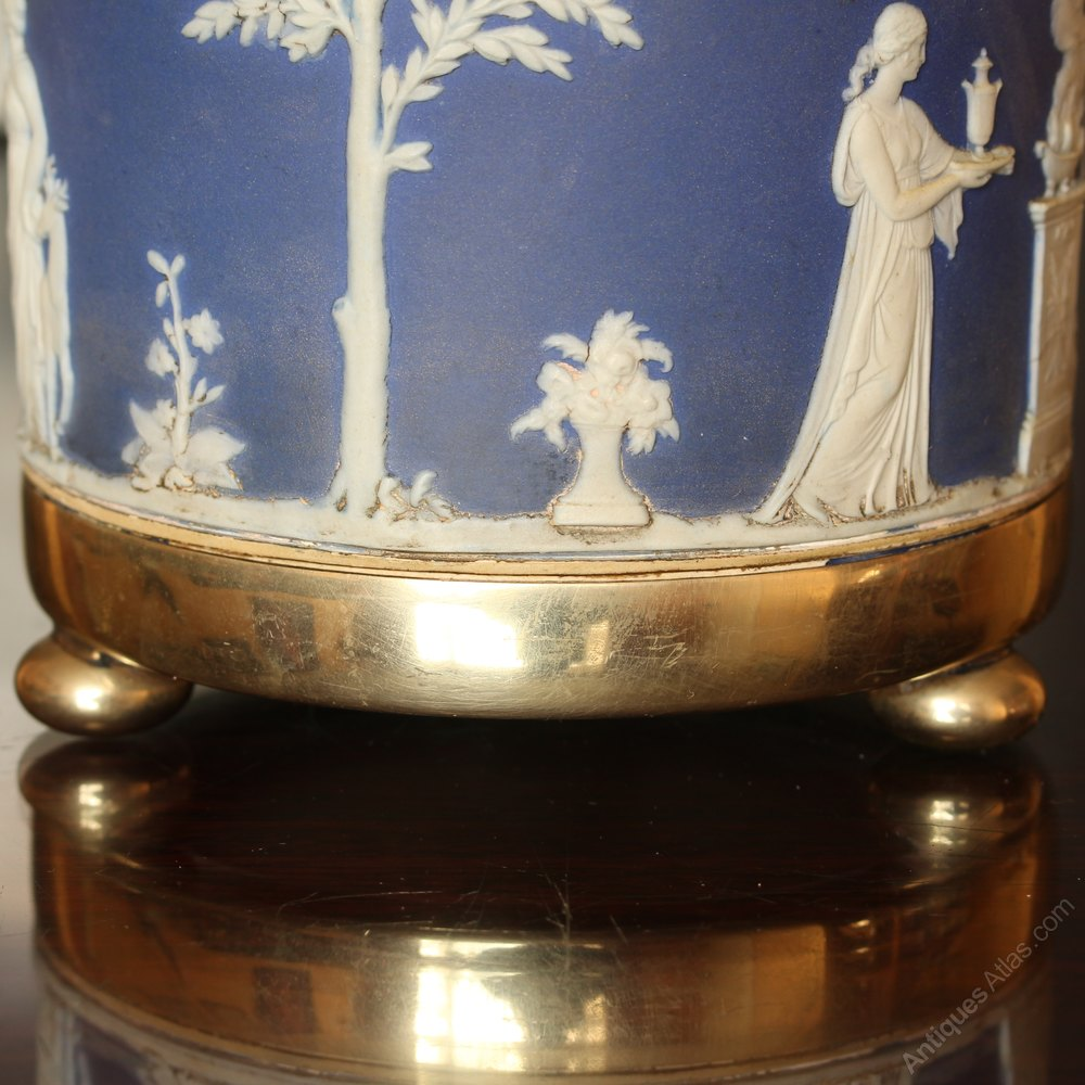 Dating Wedgwood Jasper