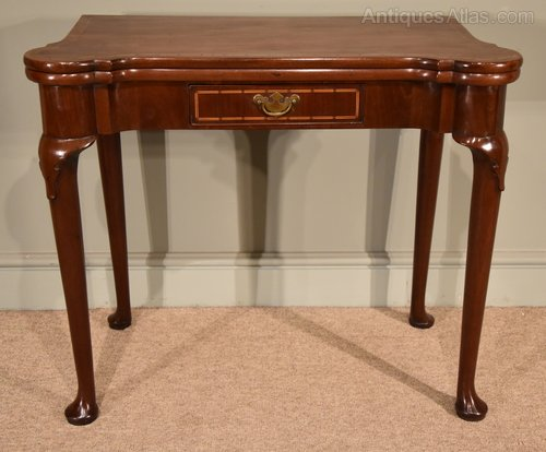 f0082671a075 A Fine Early 18th Century Inlaid Pad Foot Card Table - Antiques Atlas