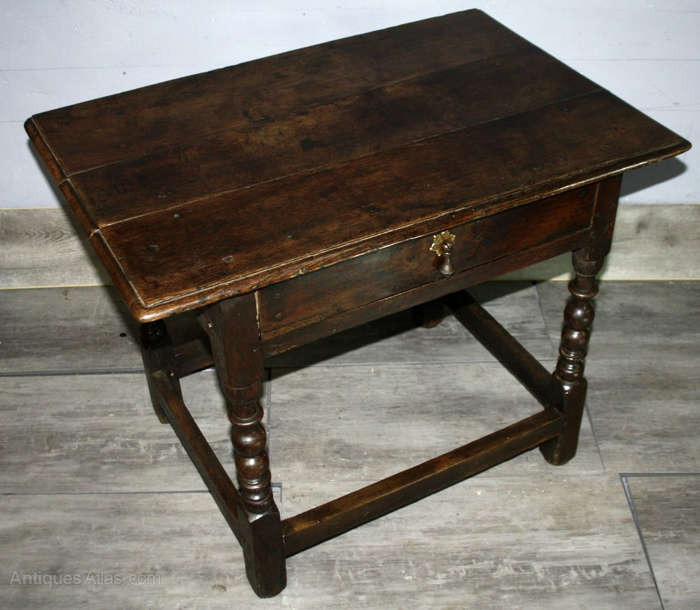 Incroyable Charles II Oak Side Table 1680 Antique Side Tables ...