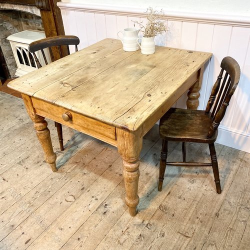 Small Scrub Top Farmhouse Kitchen Dining Table Antiques Atlas