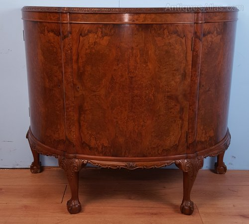 Great Superb Quality Louge Commode / Cabinet