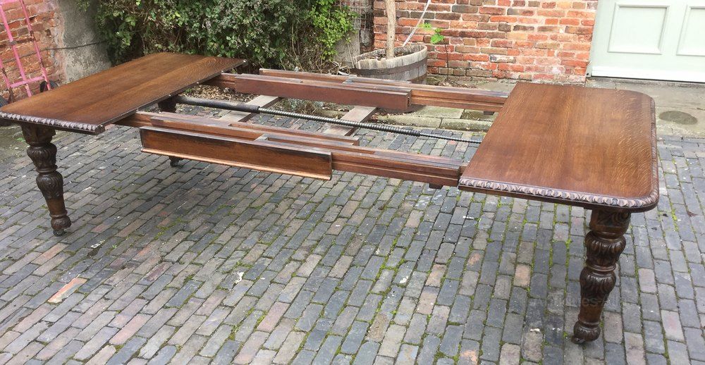 Victorian Oak Wind Out Extending Dining Table Antiques Atlas : VictorianOakWindOutExtendias437a1386z 4 from www.antiquesatlas.com size 1000 x 518 jpeg 166kB