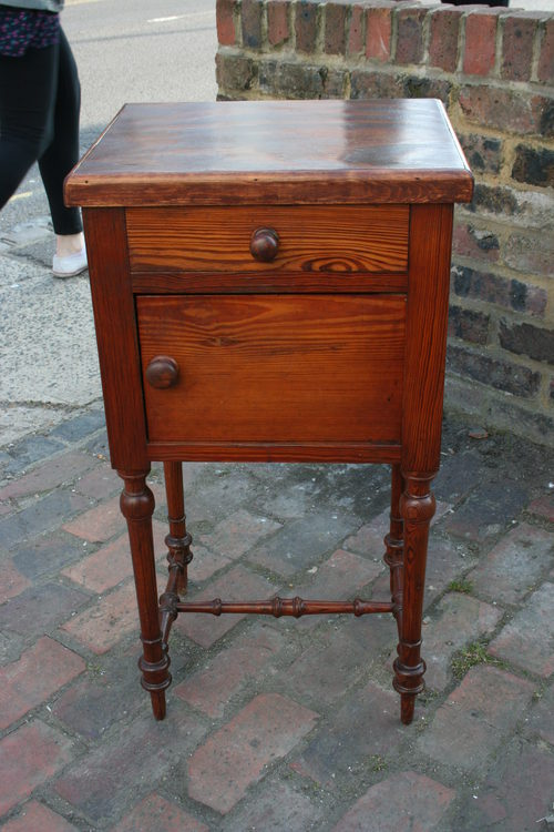 Antique Pine Bedside Cabinet - Antique Pine Bedside Cabinet - Antiques Atlas - Antique Bedside Cabinet Antique Furniture