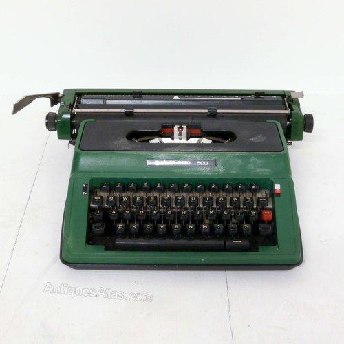 Silver Reed 500 Typewriter