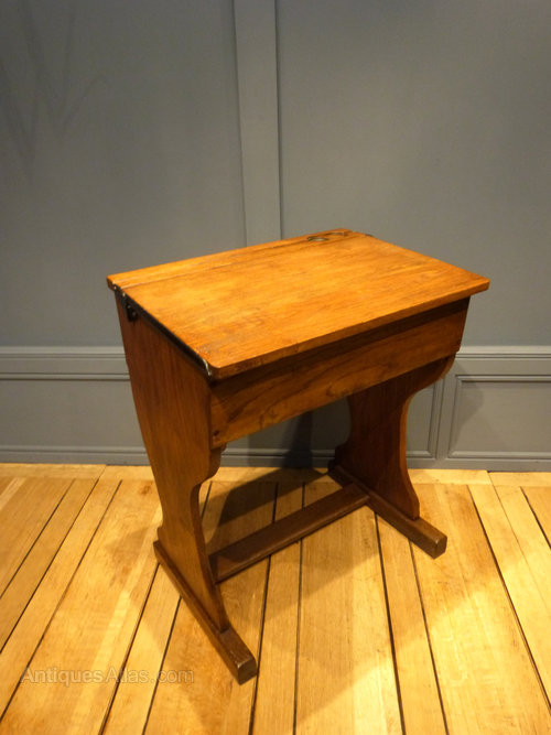 Oak School Desk Vintage ... - Antiques Atlas - Oak School Desk