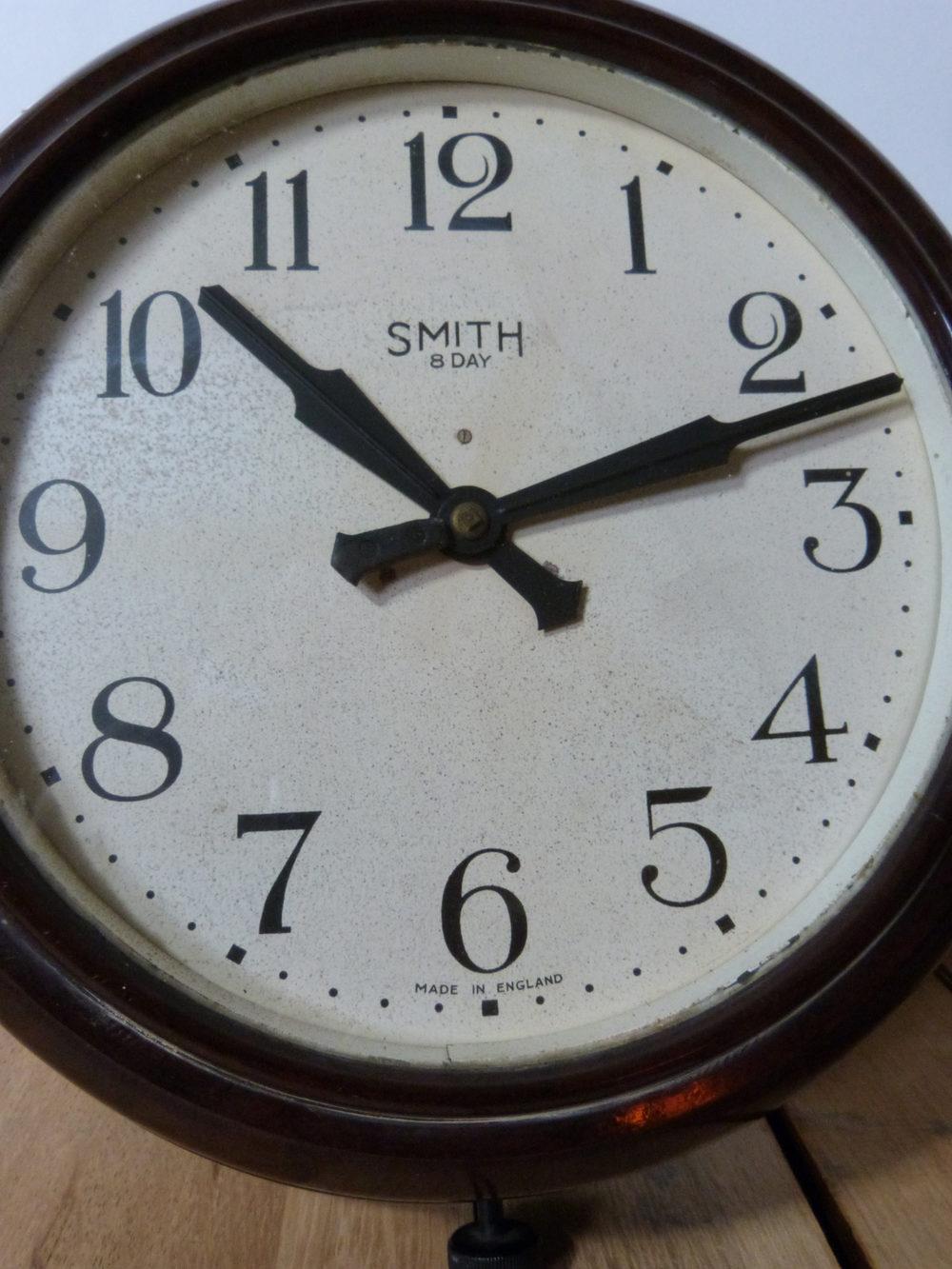 Antiques Atlas Smith Bakelite Wall Clock