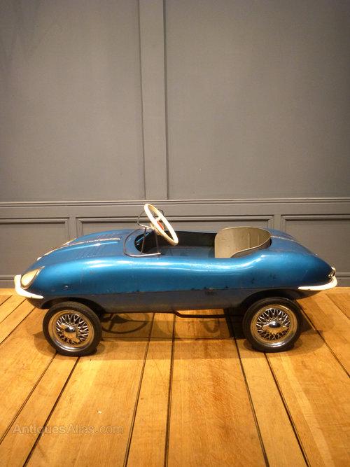 Triang Jaguar E Type Pedal Car Antique Toys