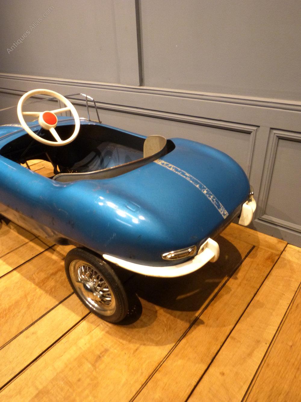 Pedal Car E Type