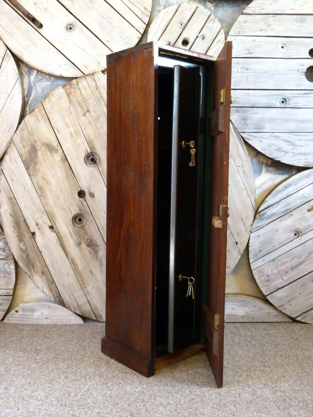 Vintage Gun Cabinet Vintage and Retro Cabinets and Vitrines ... - Antiques Atlas - Vintage Gun Cabinet